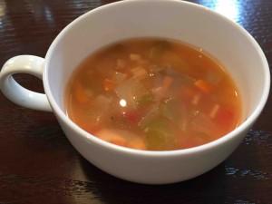 ちなみに大人用のスープはこんな感じ。同じですが。