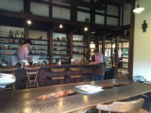 温かみがあって素敵な喫茶スペース