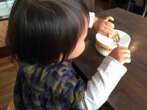 子ども用の食器もバッチリ