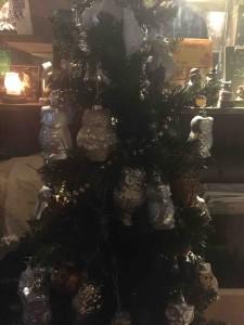 クリスマスツリーのオーナメントもすべてふくろう!メリークリスマス☆