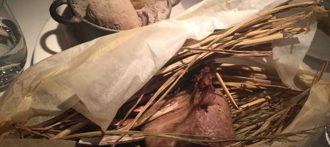北イタリアの郷土料理の名店。スペシャリテの仔羊の藁包みは必食の芸術品。「トラットリア フィオッキ」@東京・成城祖師ケ谷大蔵